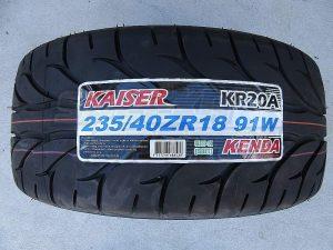 one 235/40R18 Kenda KR20 Tyre